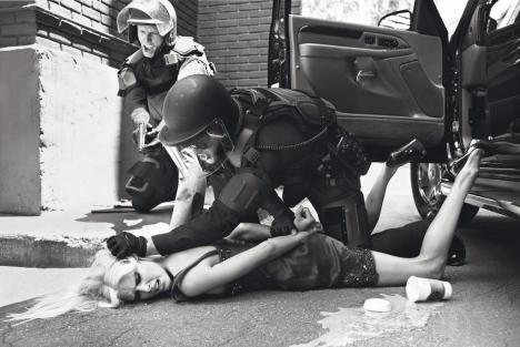 state-of-emergency-by-steven-meisel-1